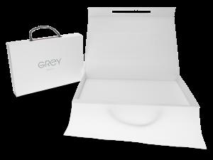 Hochwertige Verpackung - Magnetbox in weiß für Grey Berlin